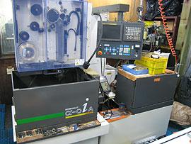 ワイヤーカット加工機